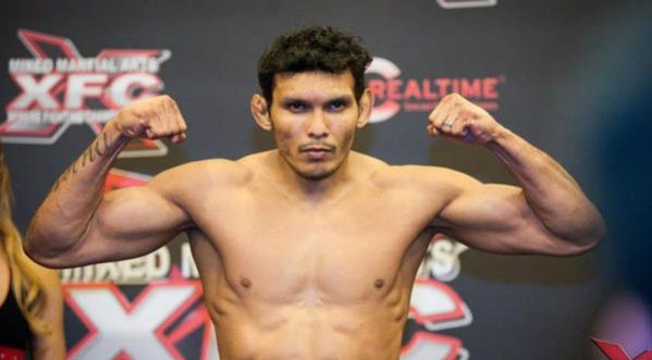 Un K.O. avec un coup de pied de <strong>face</strong> en MMA !