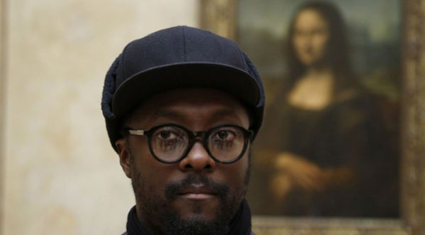 Quand Will.i.am prend possession du Louvre...