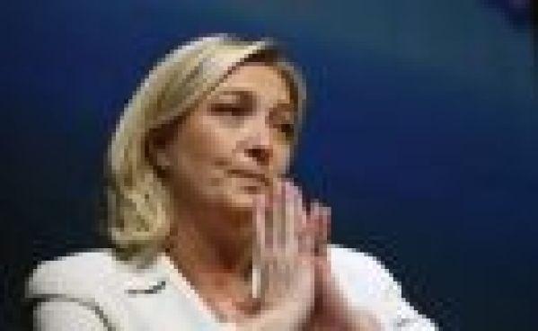 Marine Le Pen n'aura décidément rien de ce qu'elle veut !