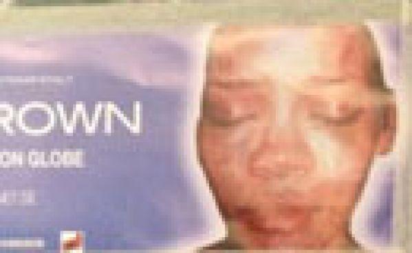 Rihanna battue sur l'affiche d'un des concerts de Chris Brown!