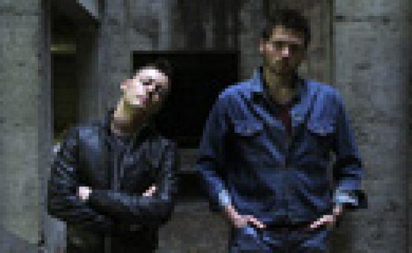 Nicologik & Zephyr feat. Solncé - Silhouette