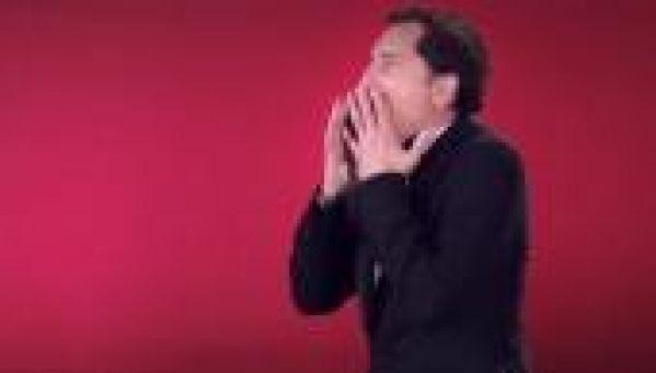 SFR : Gad Elmaleh dans la nouvelle pub pour la 4G