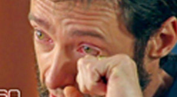 Hugh Jackman : en larmes en évoquant l'abandon de sa mère