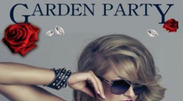 Découvre Les Garden Party Du Village Russe !