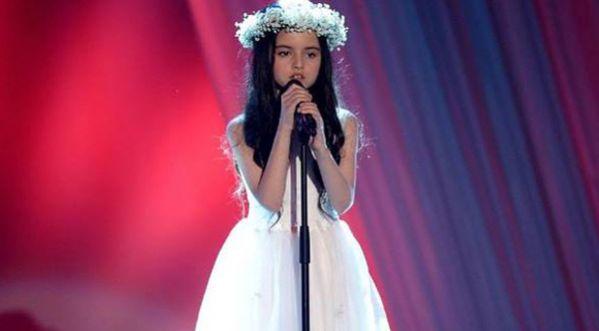 « Bang Bang » à 8 ans Angelina Jordan fait pleurer le jury