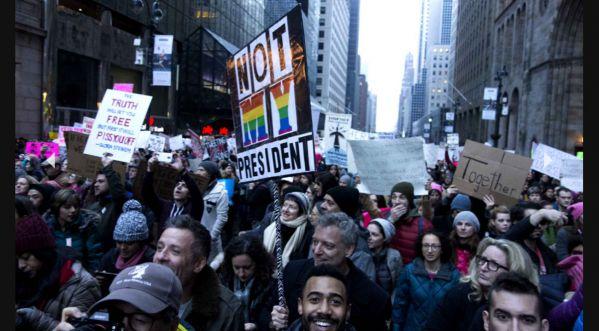 Une Manifestation A Uni Le Monde Entier Contre Trump!