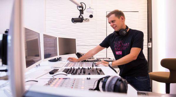 Armin Van Buuren opens radio studio in Amsterdam!