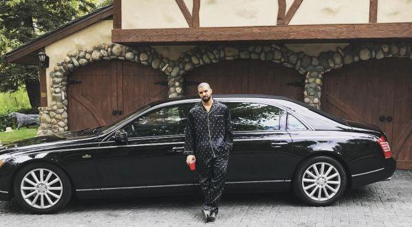 Attention : ne pas rouler derrière Drake sur la route au risque de se prendre sa sécurité de plein fouet