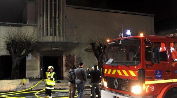 Incendie d'une discothèque près d'Orléans