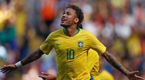 Neymar en larmes après avoir vu la maison de son enfance !