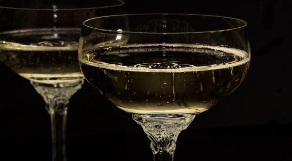 Réveillon 2019 : Est-il possible de passer une bonne soirée du jour de l'an pour 80€ ?
