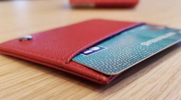 On a testé…Le porte-cartes Anti-RFID/NFC de chez Noreve !