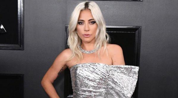 Lady Gaga & A Star Is Born : L'artiste Reprend Un De Ses Titres Sur Le Tournage ! (vidéo)