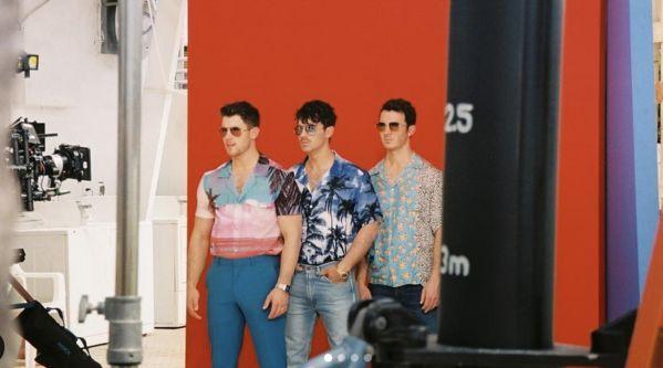 Jonas Brothers : Découvrez le clip du titre «Cool» !