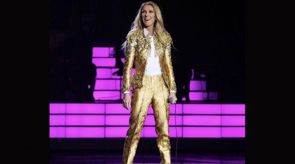 Céline Dion  L\u0027artiste s\u0027invite à un mariage à Las Vegas et
