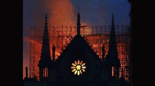 Top 5 des plus beaux hommages à Notre Dame de Paris