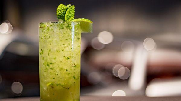 Le Mojito : Pourquoi le cocktail est-il autant à la mode ?
