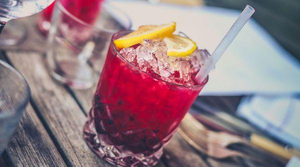 Découvrez deux cocktails au rosé, idéal pour l'été !