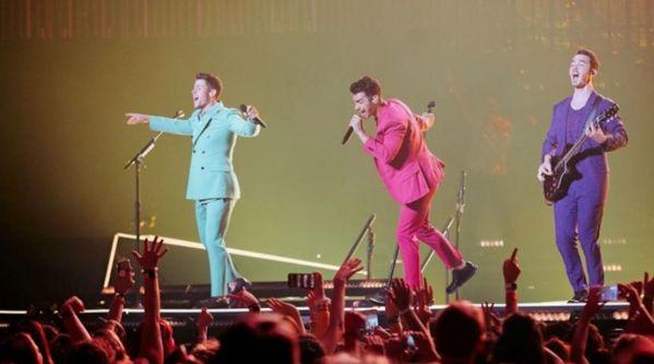 Les Jonas Brothers: Ils révèlent le clip du titre Only Human