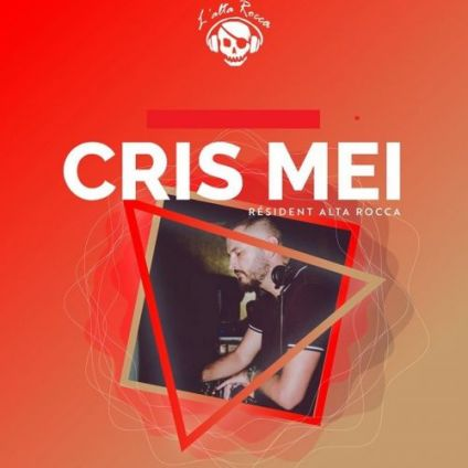 Before L' ALTA ROCCA Bar  It's Saturday by chris mei !!! ???? ••• Samedi 03 aout 2019