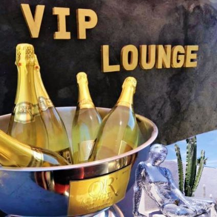 Before Le VIP Lounge the place to be Mercredi 15 juillet 2020