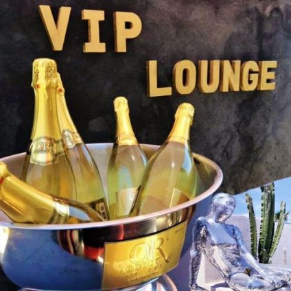 Before Le VIP Lounge the place to be Samedi 04 juillet 2020